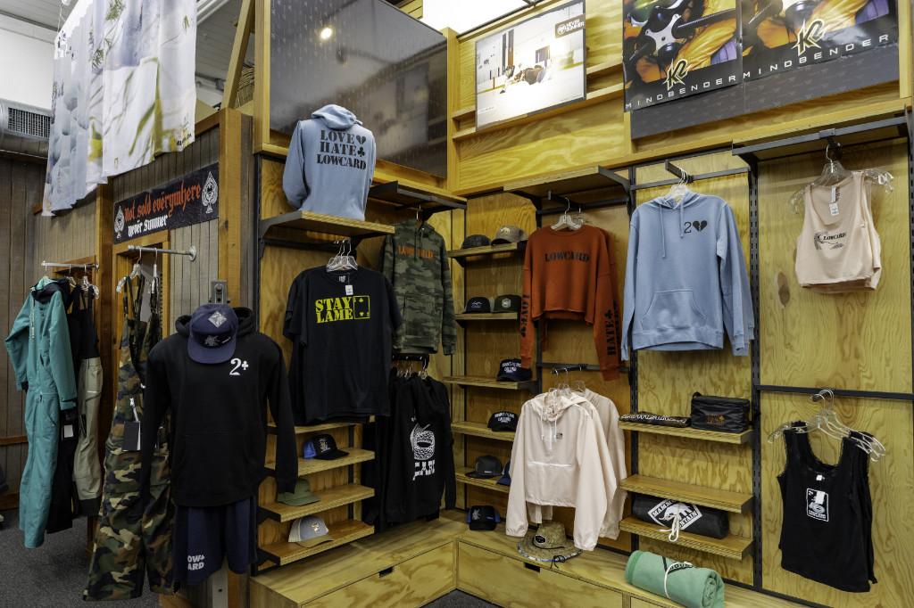 summer-retail-front-shot